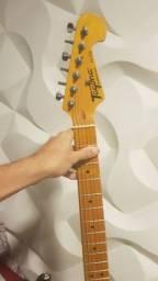 Guitarra tg 530