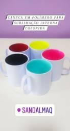 Caneca de polímero com interna colorida