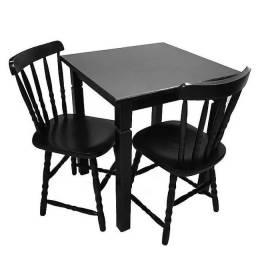 Conjunto de 1 Mesa 70x70 com 2 Cadeiras de Madeira Country