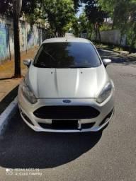 Ford - New Fiesta 1.5 S 2014