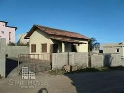 Casa com quintal em Marataízes, Financiável.