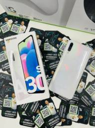 Título do anúncio: Samsung a30s seminovo branco - aparelho em ótimo estado - parcelo em até 18x