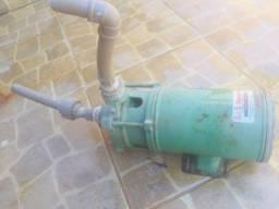 Bomba d água