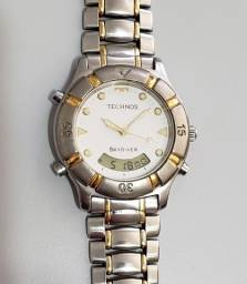 Relógio Technos T205 / Cronometro e Alarme