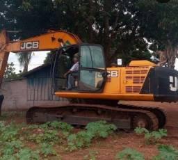 Escavadeira JCB 200 - Ano 2015