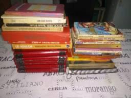 Livros de lingua portuguesa e psicologia