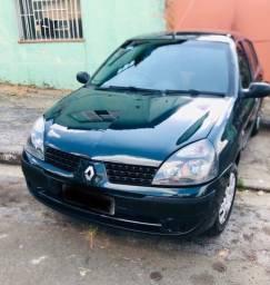 Renault Clio Expression Sedan 1.0 16v