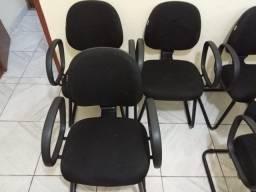 Cadeiras estofadas