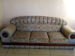 Lindo   sofá retrô   200reais  entrego em itajai