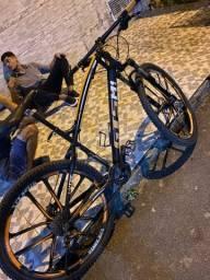 Bicicleta aro 29 aceito cartões