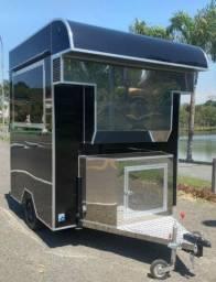 Trailer Food Truck Premium  2021 linha Premium com churrasqueira embutida 0km