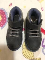 Botinha e sapato tamanho 26