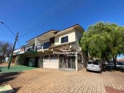 Apartamento com 3 dormitórios para alugar, 73 m² por R$ 1.100,00/mês - Esmeralda - Cascave
