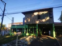 Casa na Avenida Paraná, próx. AKLP