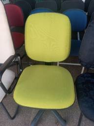 Cadeira giratoria reformada (Nova) verde