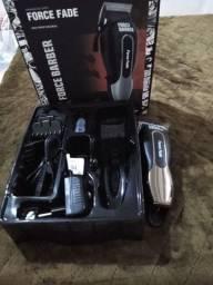 Máquina de cortar cabelo MQ Force Barber