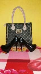 Sapato e bolsa semi novos