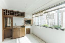 Apartamento para alugar com 3 dormitórios em , cod:I-007632