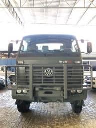 VW 15-210 4x4 2014