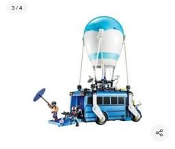 Ônibus Fortnite - na caixa