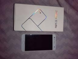Frontal boa e original do Asus ZenFone 4 selfe