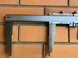 Paquímetro 0 A 2000mm X 0,05mm bico de 200mm