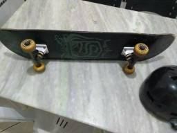 Skate mais capacete $200