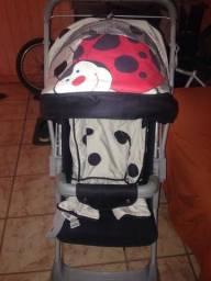 Vendo este carrinho de bebê