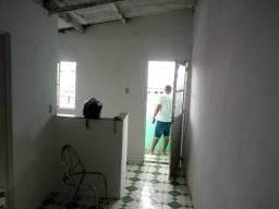Casa 2 quarto.bairro liberdade