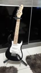 Guitarra elétrica em otimo estado