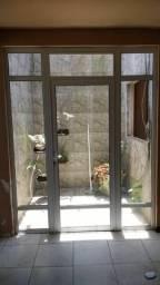 Porta janela em alumínio