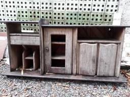 Rack antigo em madeira de lei para casas de praia e sitio