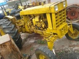 Trator CBT 1000 motor mercedes