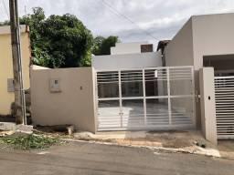 Casa 4 qtos / 3 Suites lote 500 m condomínio fechado