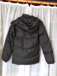 Vende jaqueta preta com capuz
