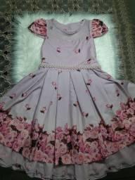 Vendo 3 vestidos por 120 pra vender logo