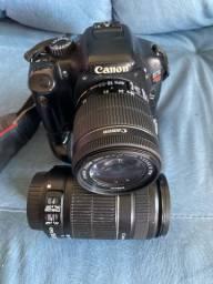 Câmera Canon t2i + lentes e Battery Grip. Suporte onde vai flash quebrado.