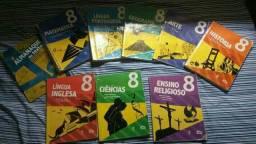Vendo livros do 8°ano da escola adventista