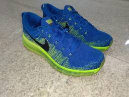 Tênis Nike Air Max Flyknit masculino (Semi-novo!)