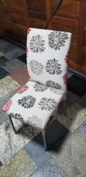 08 Cadeiras de tecido