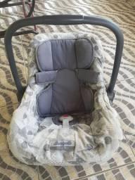 Bebê conforto Vendo 90R$ bem conservado.