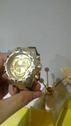 Relógio invicta novo