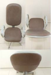 Cadeira de couro + mesa em L + mesa cozinha