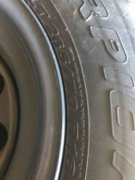 Jogo de pneus 265/70/16 com rodas