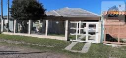 Linda casa com piscina aquecida, 03 dorm (01 suíte), mobiliada,na Zona Nova de Tramandaí