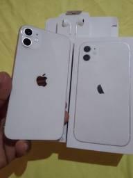 iPhone 11 novinho 64 GB aparelho de mulher