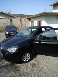 Renault Clio 1.0 Básico 2014 - Única Dona