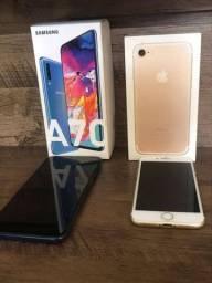 Troco os 2 em iPhone 8, no 7 plus com volta