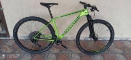 Bicicleta Carbono MTB.  Tamanho M