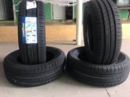 4 pneus NOVOS Goodyear 195/60r15